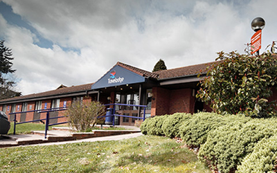 Travelodge Alton Four Marks Hotel