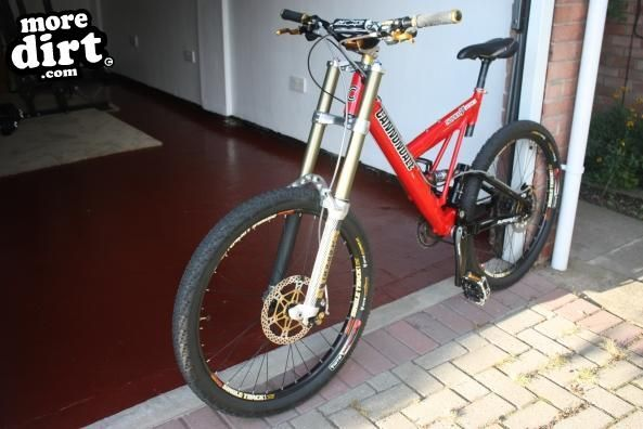 d0428c2ad26 Cannondale Super V |Downhill | 24592