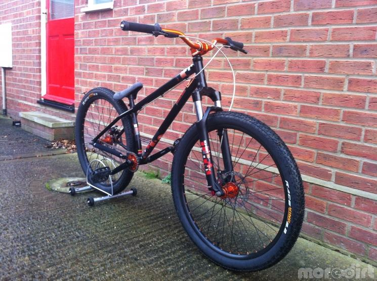 Continental Bike Tires >> Specialized P2 2011 |Dirt Jump / Street | 34262