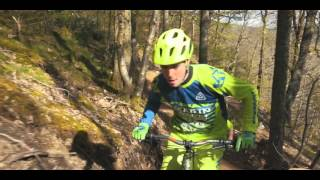 Riding 'Dwsin Drwg' @ Marin trail N. Wales