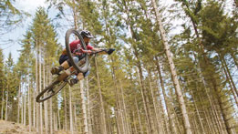 ESCAPE. Anytime. Anywhere. Timo Pritzel MTB Freeride