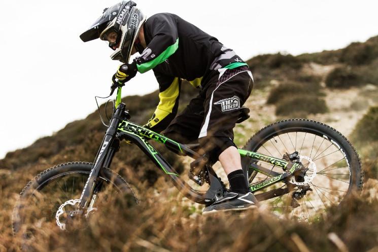 Ns Bikes Uk Dowhill Team More Dirt